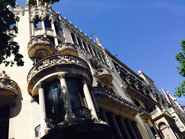 barcelona-333466_640