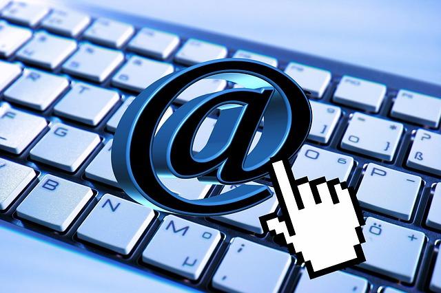 legal leer el correo electronico